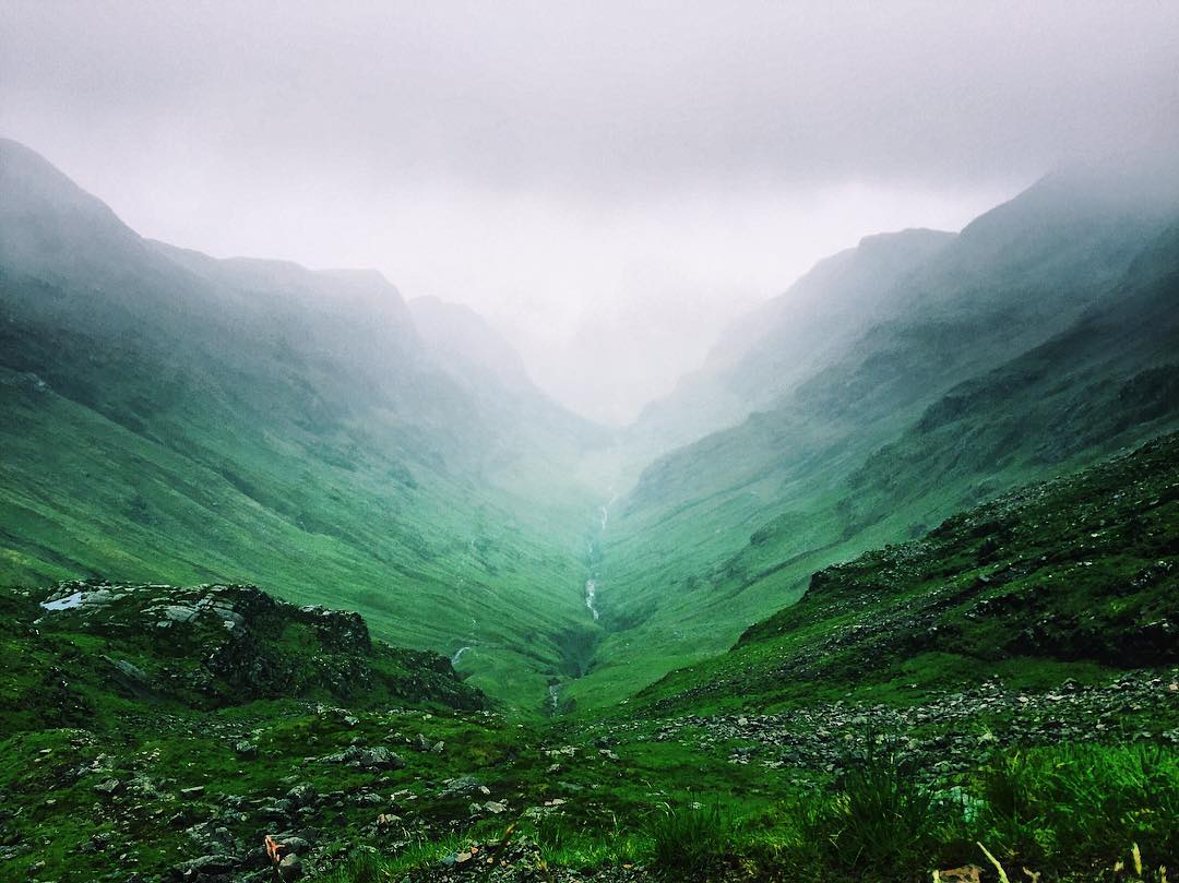 Lonely_Valley_._._._.__highlands__green__glencoe__hike__climbing__scotland__nature__travel__travels__landscape__traveling__digitalnomad__travelgirl__travelalone__instaview__instaplace__i